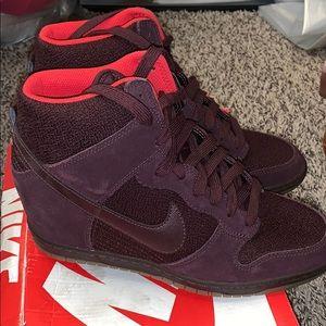 Burgundy wedged Nike's
